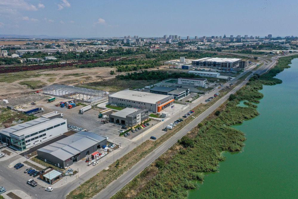 самолетен завод Бургас
