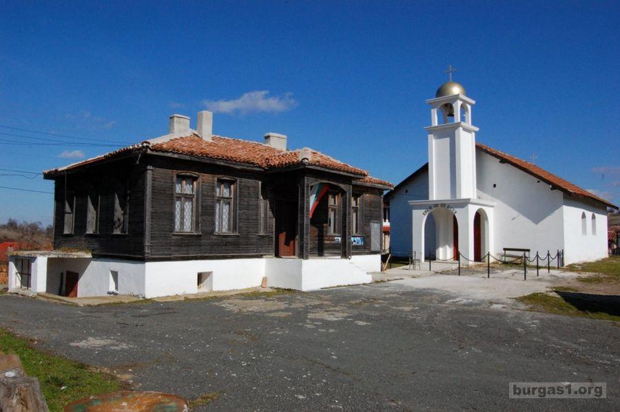село Стоилово - река Велека
