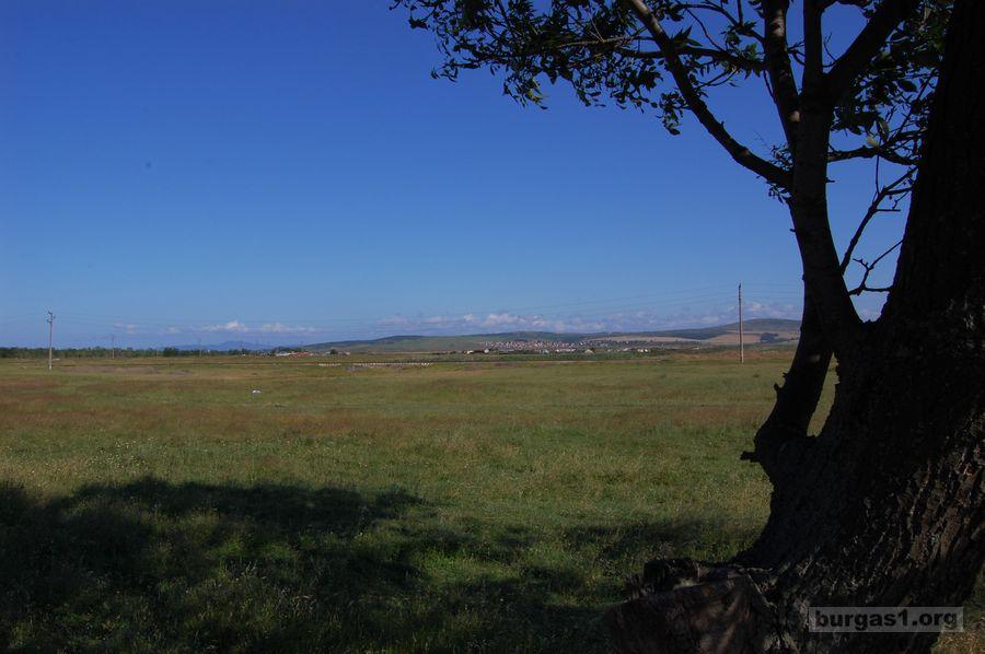 Около Бургаското езеро с велосипед