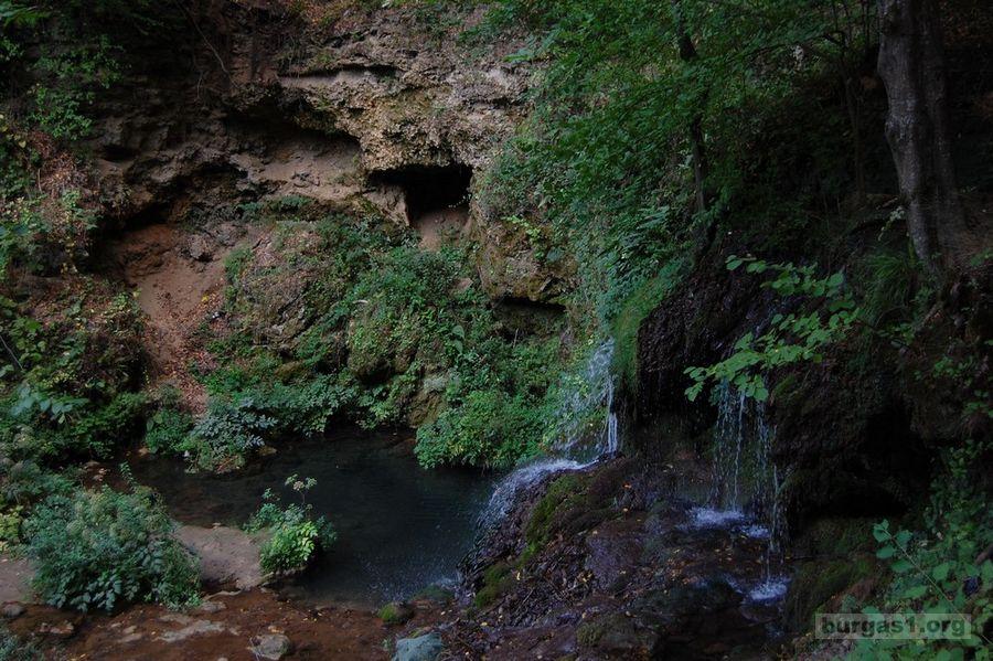 До Стоиловския водопад с автомобил